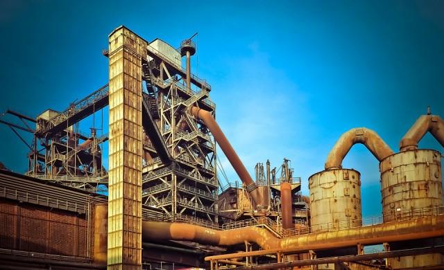 Спад с 11.4% на промишленото производство през април