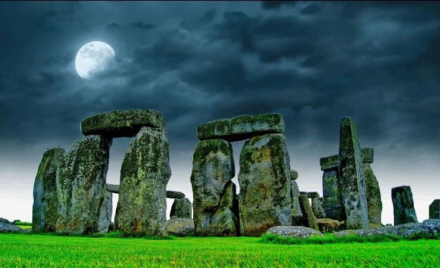 Археолози откриха гигантски изкопи в близост до Стоунхендж