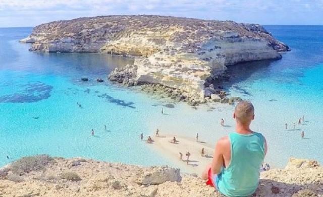 Лекар пленява Instagram с невероятни снимки от своите пътешествия