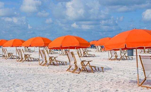 Маските - задължителни на плажа в Турция
