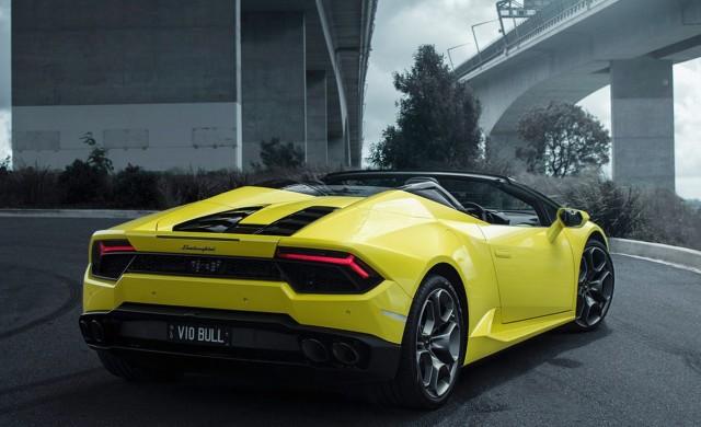 Купуваш си Lamborghini, а 20 минути по-късно – катастрофираш