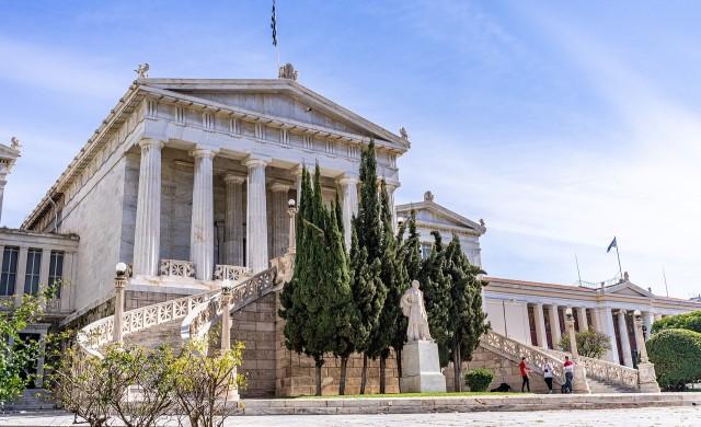 Гърция обмисля стимули за ваксиниране