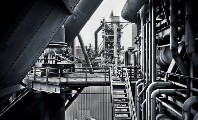 Промишленото производство бележи ръст през април