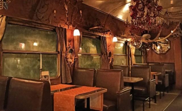 Кога се появяват първите вагон-ресторанти?