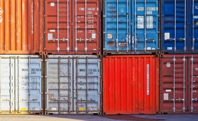 Износът на България нараства с 16.6% за периода януари - април