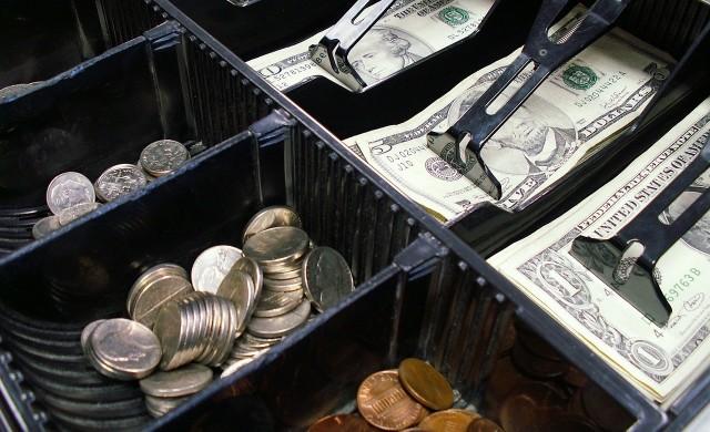 Над 60% от фирмите вече са обявили приходите си пред НАП