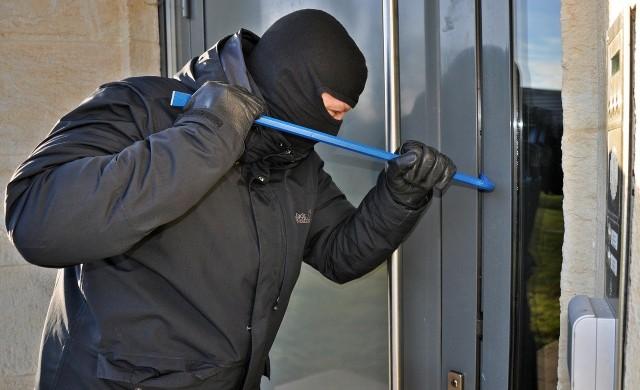 МВР обяви кое е любимото време на крадците за обиране на домове