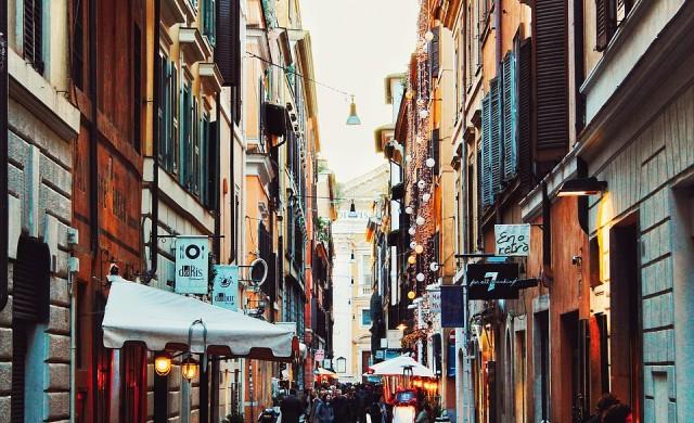 Рим пред колапс: Градът е заринат от боклук