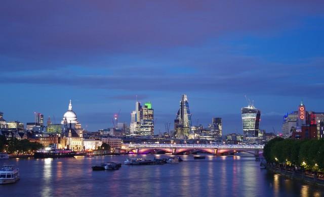 Лондонският мост, построен от жени (видео)