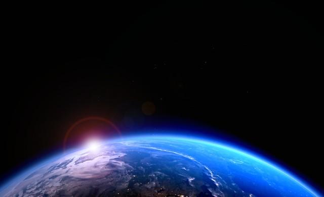 """НАСА: Космосът няма да се превърне в """"Дивия запад"""" за милиардери"""
