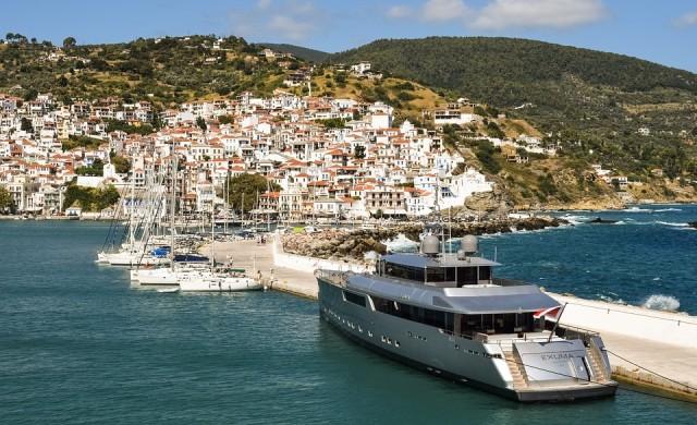 Богаташи от цял свят насочват яхтите си към Гърция
