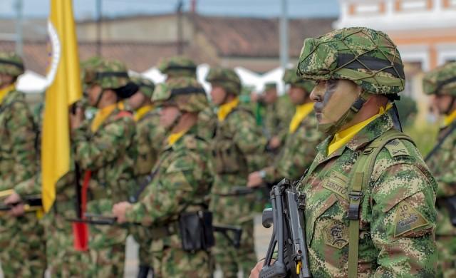Колумбия конфискува 6 тона кокаин от бунтовническа групировка
