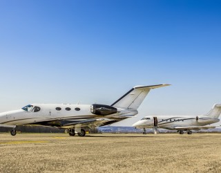 Жадни за пътувания богаташи не спират да купуват частни самолети