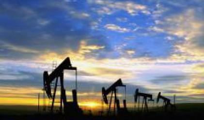 Петролът трайно над 140 долара за барел