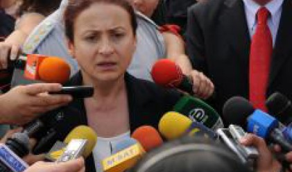 В България търсим виновника, в чужбина изход от проблема