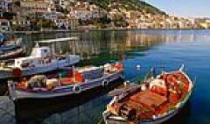Нова стачка на пристанищата в Солун и Пирея