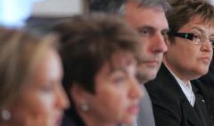 Плугчиева: Очаква се през есента да се вдигне забраната за парите по ИСПА