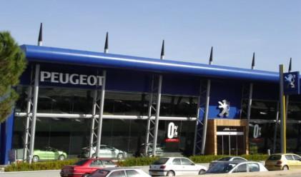 Peugeot Citroen със загуба от 962 млн. евро за полугодието