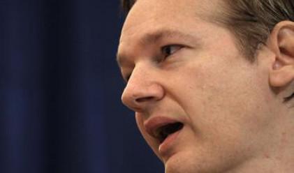 WikiLeaks се оплака от Visa и MasterCard