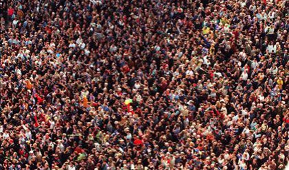 Населението на Земята ще превиши 7 млрд. души тази година
