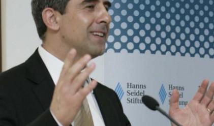 Обсъждаме доставката на 2 млн. куб. м газ от Гърция