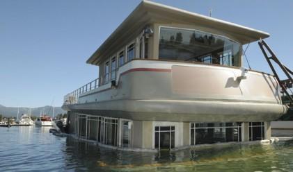 Яхта за 3.2 млн. долара потъна в езерото Тахо