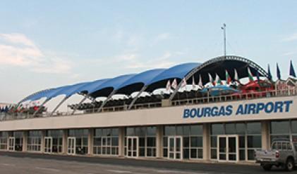 Взривиха автобус с израелски туристи на летище Бургас (обновена към 7 ч.)
