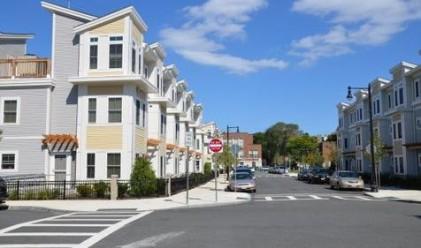 Милионери живеят в общински жилища в САЩ
