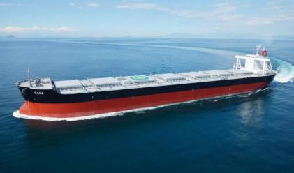 Най-големият производител на сьомга иска да отглежда риба в кораб