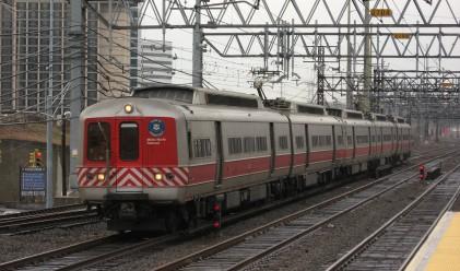 Железничарите в Гърция стачкуват