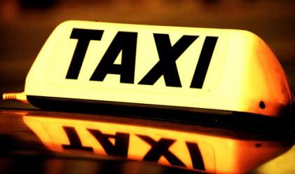 Задържаха таксиметров шофьор във Франция за подготовка на атентат