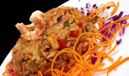 Как да готвим ориз, така че да намалим калориите му наполовина?