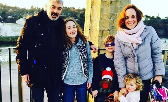 Това семейство изгуби 90% от доходите си, но сега е по-щастливо