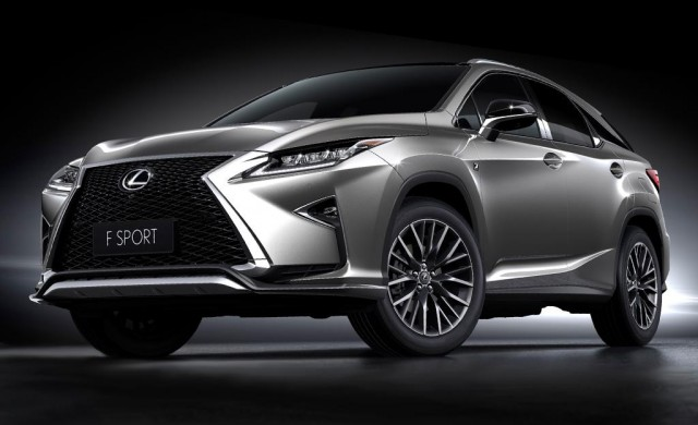 Lexus подготвя 2 нови кросоувъра за есента