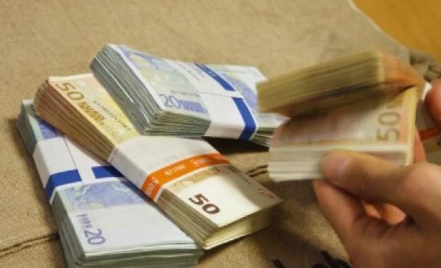 Дългът на България намаля с близо 1 млрд. лв.