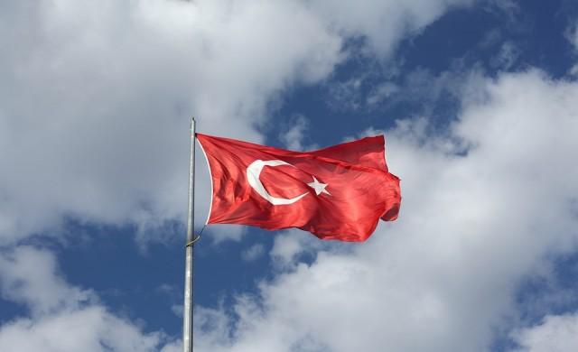 Турция е поела контрола над 965 компании след опита за преврат