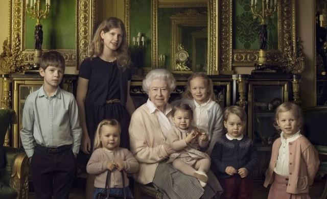 Как се дешифрира дрескодът на британските кралски особи?