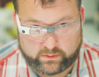 Появиха се новите Google Glass очила