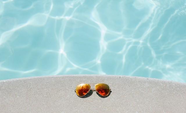 Най-шантавите плувни басейни на планетата