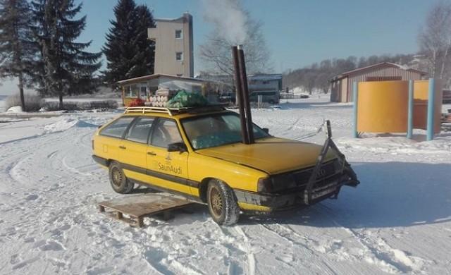 Релакс с вътрешно горене: Естонец превърна семейно комби в сауна