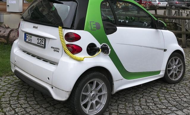 Електрическите коли в ЕС задължително ще издават шум при движение