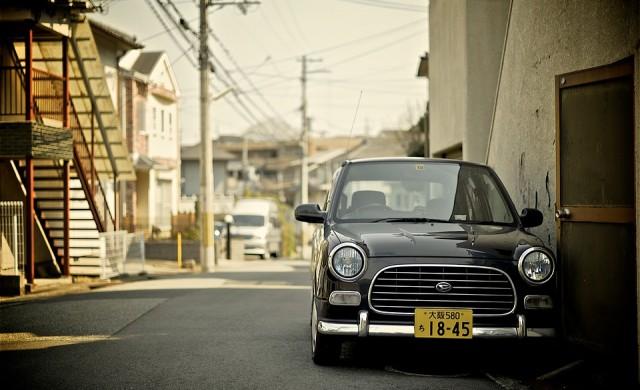 Защо японците взимат коли под наем, но не ги карат?
