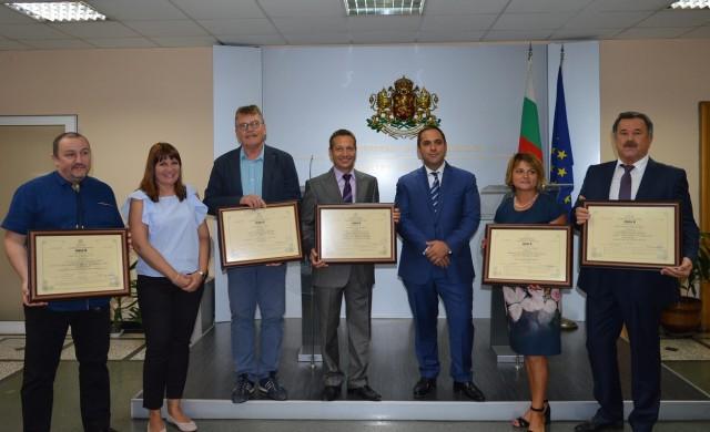 Връчиха пет сертификата за инвестиции на стойност над 42 млн. лв.