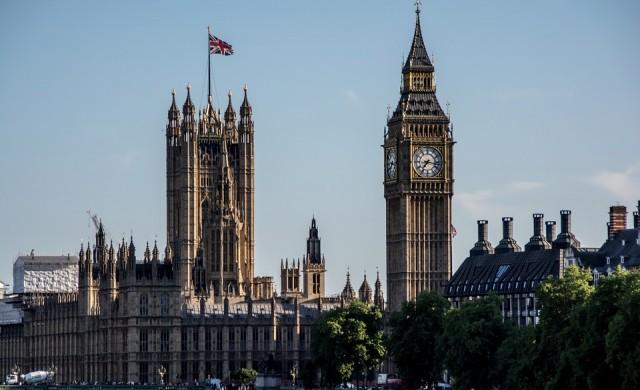 Британец отдавал под наем общинското си жилище в Airbnb