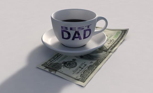Голямата грешка на родителите, когато говорят с децата за пари