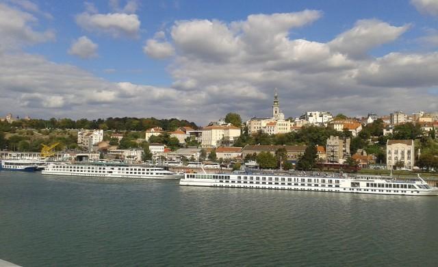 Сърбия въвежда нови мерки срещу коронавируса