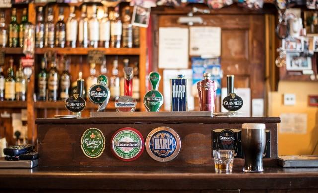 Най-отдалечените барове в света
