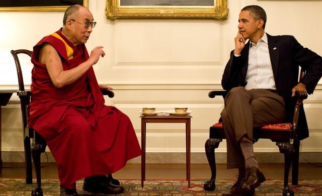 Далай Лама става на 85 г.: До кога ще живее?