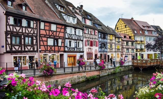Кое е най-обичаното селце във Франция?