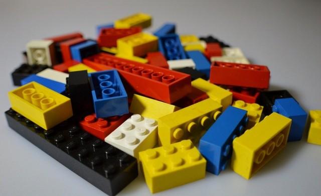 Зоопарк изложи животни от LEGO (снимки)